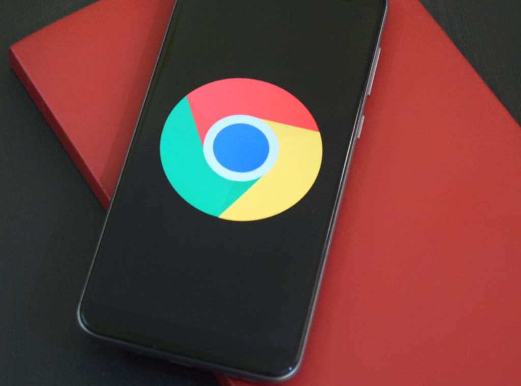 Mobile phone with Chrome logo on screen